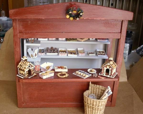 miniatures et maisons de poupees chalet de no l. Black Bedroom Furniture Sets. Home Design Ideas